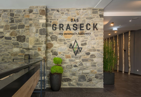 Das graseck lifestyle boutique hotel in bayern garmisch for Design hotels bayern